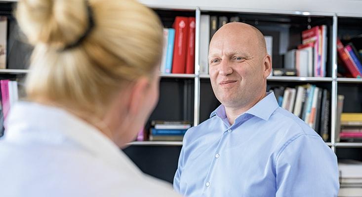A través de la mediación, IPMA ayuda a tratar con los conflictos de manera estructurada y a aumentar las habilidades de solucionar los problemas de los clientes.